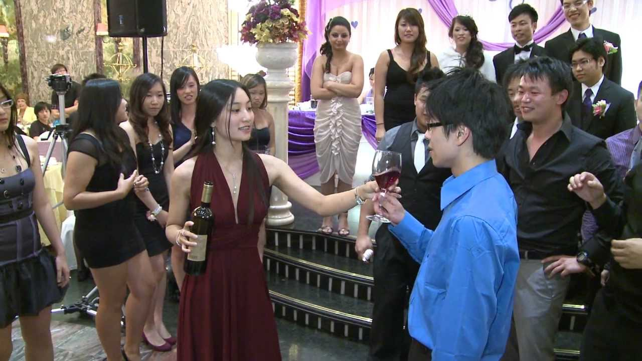 Kissing Game in Toronto Chinese Wedding Reception | Casa Victoria Fine Dining & Banquet GTA | 婚宴游戏