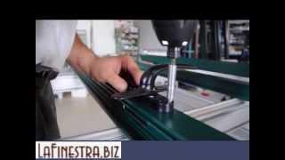 FINESTRA IN PVC, esempio montaggio persiana in alluminio(http://www.lafinestra.biz La nostra esperienza è legata a quattro aziende site nella Provincia di Salerno, ed ai profili ALUPLAST leader mondiale nella ..., 2012-09-03T16:06:50.000Z)