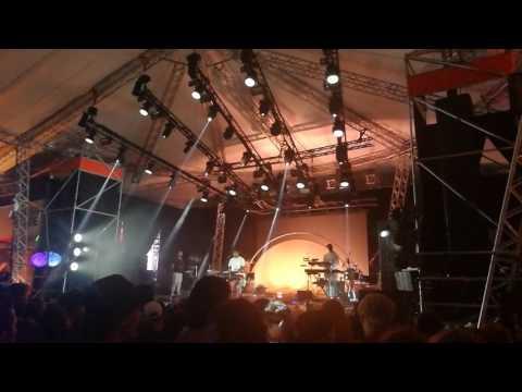 Sampha - (No One Knows Me) Like the Piano (Live @ Melt!)