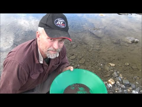 Alaska Gold: Crevicing, Panning and High Banking By The Rive