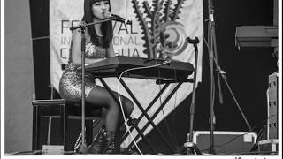 Lavinia Ekaterina - Love Doesn