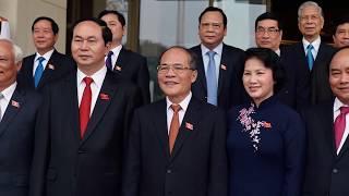 Nguyễn Xuân Phúc bất ngờ phản đòn độc Nguyễn Phú Trọng khiến ghế Tổng Bí Thư bị lung lay?
