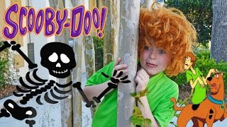 Cartoon Network SCOOBY DOO vs Skeleton and Mountain Man! Silly Scary Kids Comedy