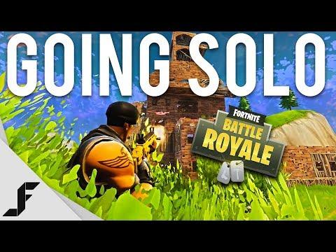 GOING SOLO - Fortnite: Battle Royale