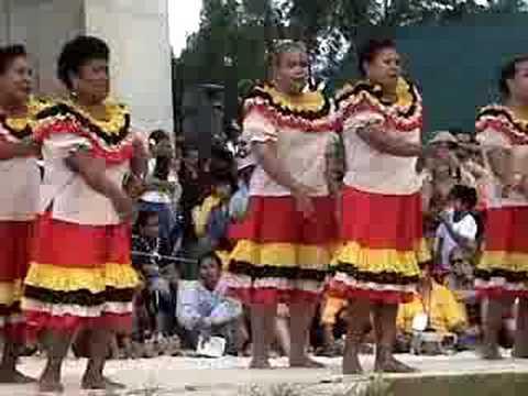 2004 Pacific Arts Festival - Palau Dancers 2