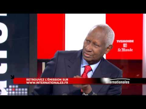 Abdou Diouf dans Internationales - Emission du 16 novembre 2014