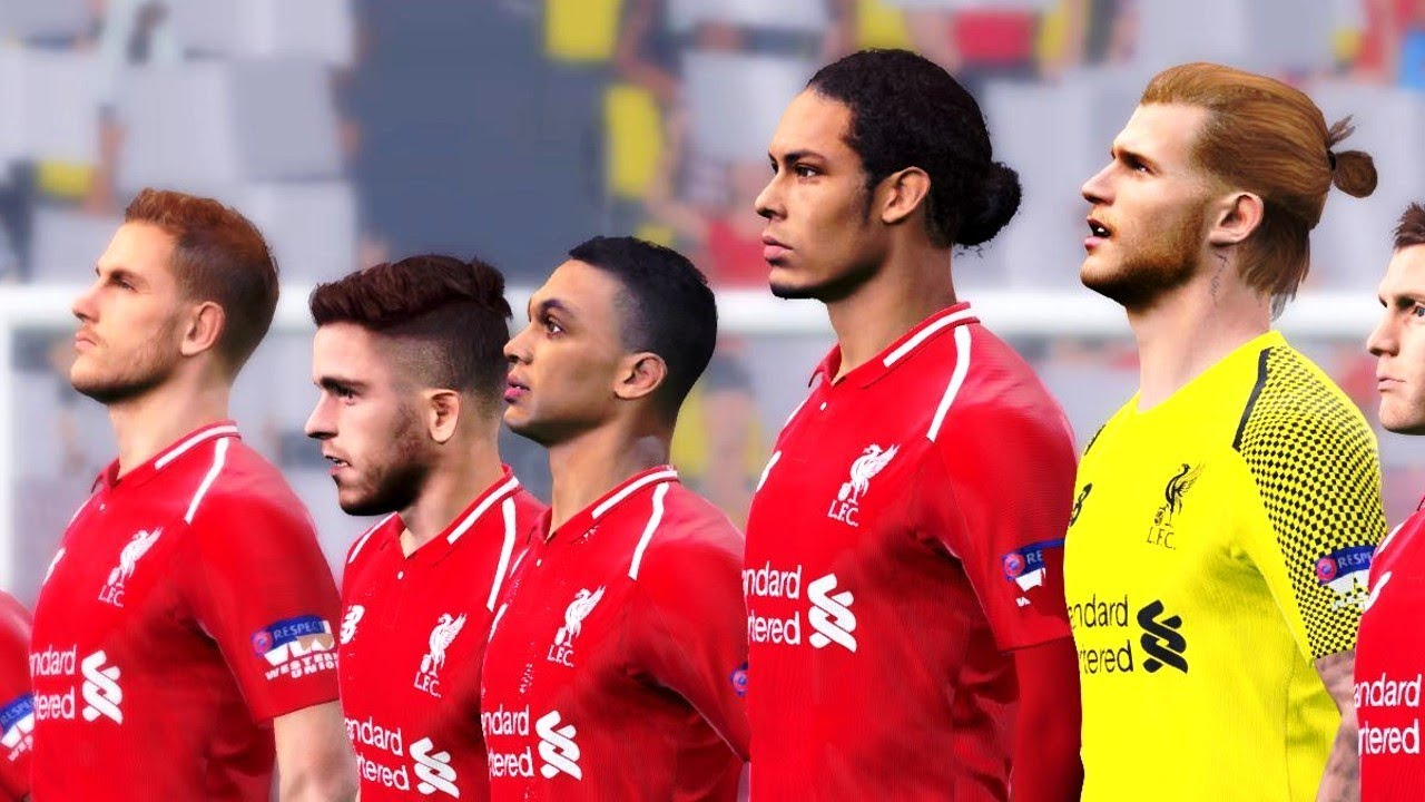 Liverpool vs PSG (NEW KITS 2018 19)  597d0d6c0