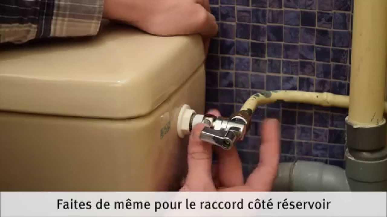 Robinet Chasse D Eau Qui Fuit à comment remplacer le robinet d'arrêt d'une chasse d'eau - youtube