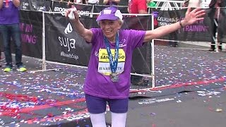 世界記録樹立! 92歳おばあちゃんがフルマラソン完走