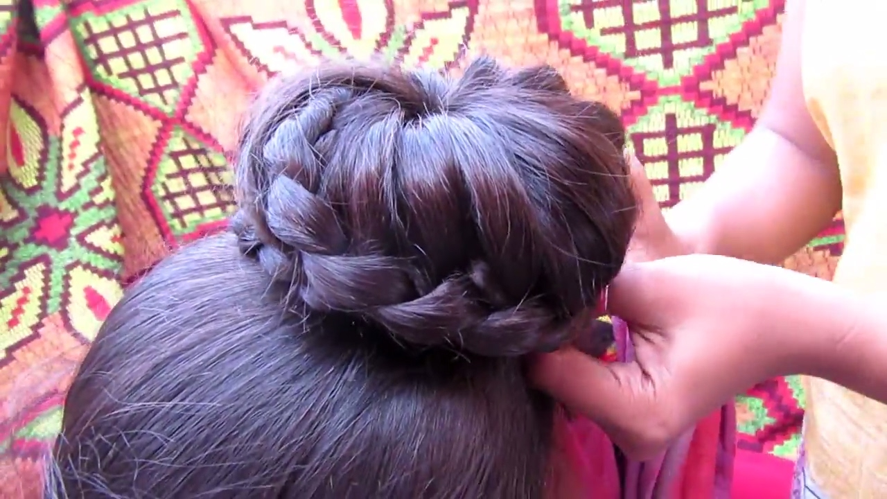 simple lace braid bun hairstyle || indian juda updo hairstyle tutorial