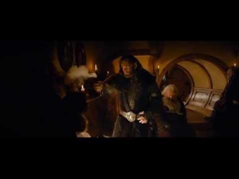 Bilbo Le Hobbit - Chanson des nains VF (Au delà des montagnes) poster