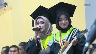 #VIRAL WISUDAWAN CANTIK MAIN GITAR  DAN CEWEK SUARA MERDU !