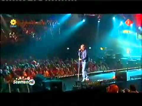 Thomas Berge   Mijn woord @ Nacht van Oranje Rotterdam 29apr2011 -    Will Nuruwe