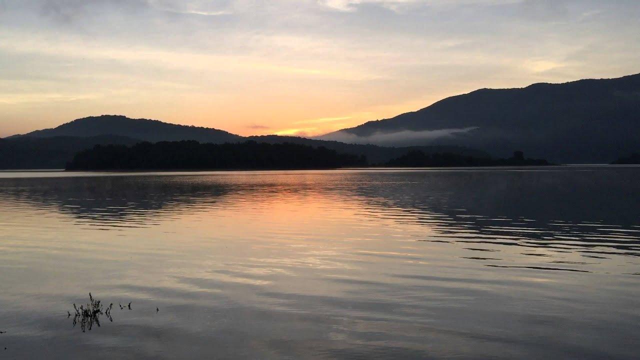 Morning at Lake Moomaw, Bolar Mountain Campground - YouTube