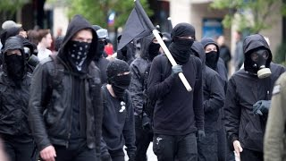 Watch crowd cheer as ANTIFA terrorists gets rounded up by police