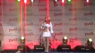 Маша Распутина Приколы на концерте Абакан 4 августа 2012