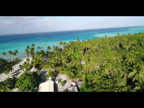 Palmerston Island - Aerial Drone Footage (2) - Will in Paradise