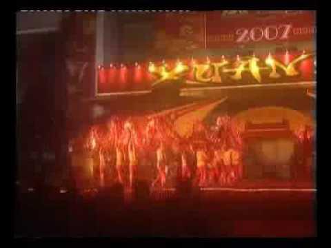 Múa Rồng - Trường Trung học Xiếc Việt Nam