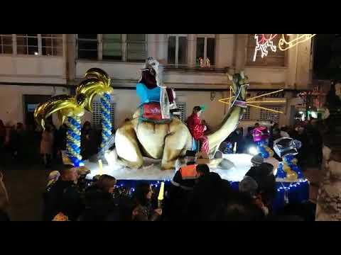 Multitudinaria acogida a los Reyes Magos en Vilalba
