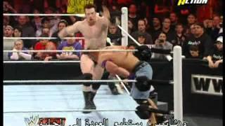 MBC net   WWE   سينا يحمل مصارعين على ظهره