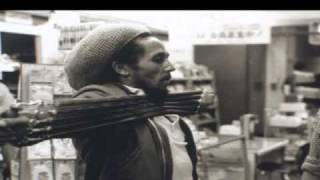 Bob Marley & The Wailers - Is this love (live Japan 1979)