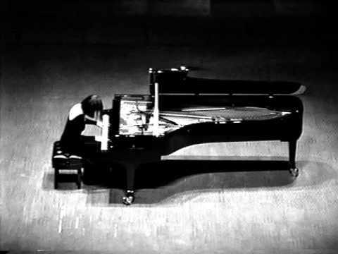 Natalia Trull plays Schumann - Fantasia op.17, II mov.