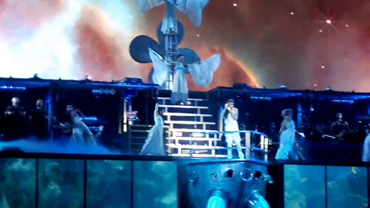 30.04.2013 - BELIEVE TOUR: Justin Bieber - Catching ...  30.04.2013 - BE...