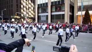 Ashlyn & JUMP team perform at 2013 Macy