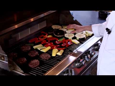 How to Grill for Beginners : Grilling & Cooking