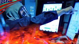 火を消せなきゃ終わり… 原子力潜水艦で行われる緊迫の火災消火訓練:米海軍バージニア級攻撃型原潜