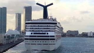 Carnival Breeze leaves Miami