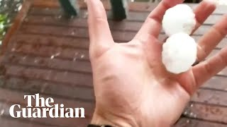 Golf ball-sized hail hits Melbourne in new weather emergency