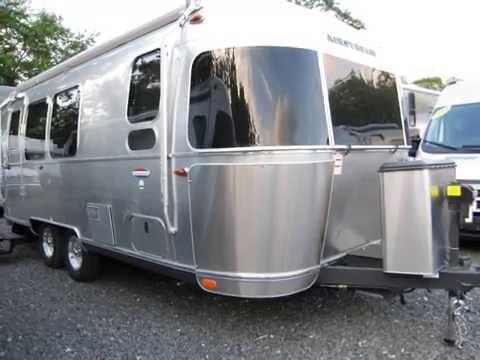 Beautiful Airstream Barn Find International Serenity 30W Travel Trailer RV | FunnyDog.TV