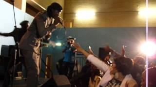 vuclip Tsviriyo Jah Preyzah Live in Dunstable Luton 05/05/2013