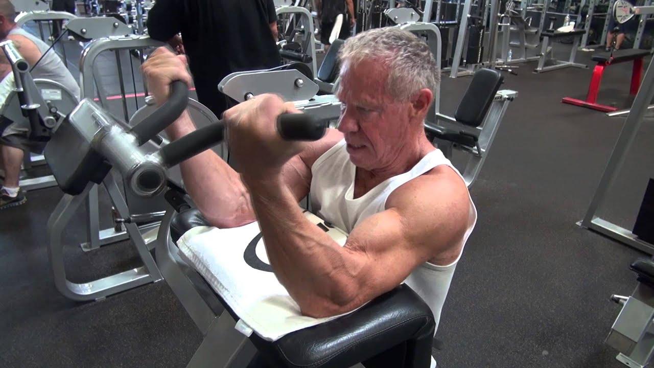 80 Year Old Bodybuilder Jim Arrington's Bicep Workout