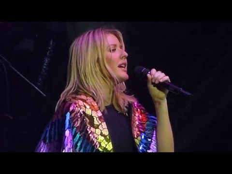 Ellie Goulding - Love me like you do - Live Paris 2016