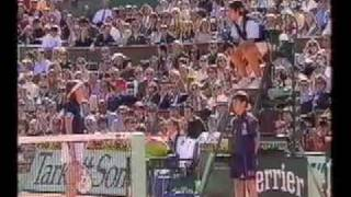 WHEN MARTINA HINGIS LOOSES CONTROL - Rolang Garros 1999