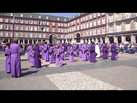 Tamborrada aragonesa en la Plaza Mayor de Madrid