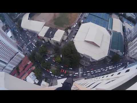 GLOCO: Climbing The TOP of a Building in Manila - SJ4000