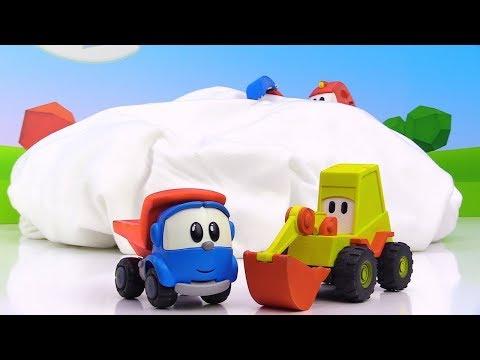 Oyuncak Arabalar. Leo Ve Lifty Scoop'u Kurtarıyorlar.