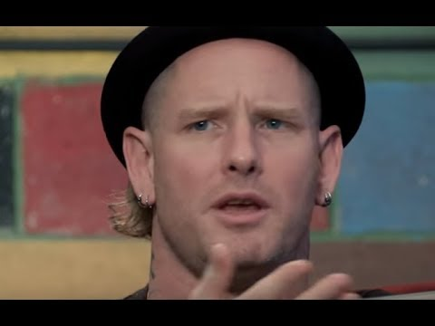 "Slipknot's Corey Taylor Amoeba musics ""What's in my Bag?"" - Dave Grohl to host 'Jimmy Kimmel'!"