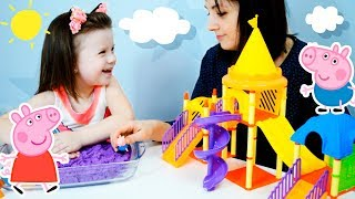 СВИНКА ПЕППА и ДЖОРДЖ играют на детской площадке! Peppa Pig on the Playground!