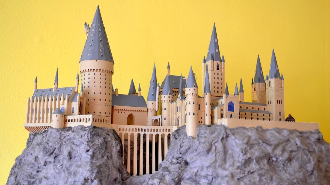 Papercraft My Hogwarts Paper Model
