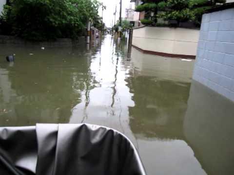 2012年8月14日 四条畷で100mmの豪雨。