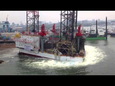 GULF DRILLING INTERNATIONAL  JACKUP RIG LAUNCHING