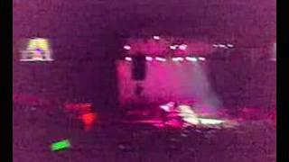 Fergie offers free concert - El Salvador