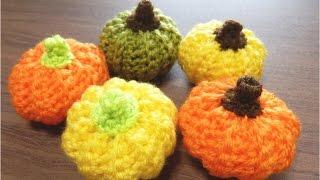 うね編みで作る、簡単なかぼちゃのあみぐるみです。 鎖編み、細編み、引...