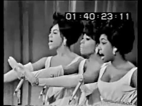 The Supremes - Stop! In The Name of Love [Hollywood Palace - 1965]