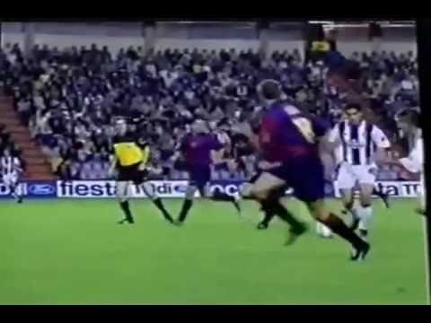El mejor gol de un ecuatoriano (Kaviedes al Barcelona de España)