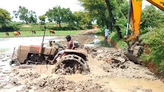 tractor stuck in mud in 2017 Indian tractor